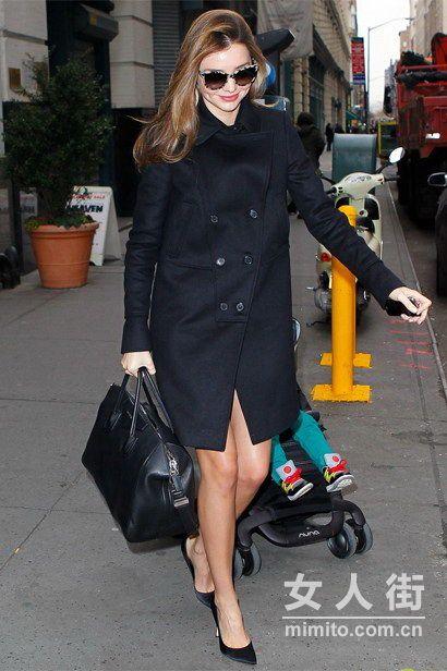 时髦修身有气质 明星潮人演绎全黑装